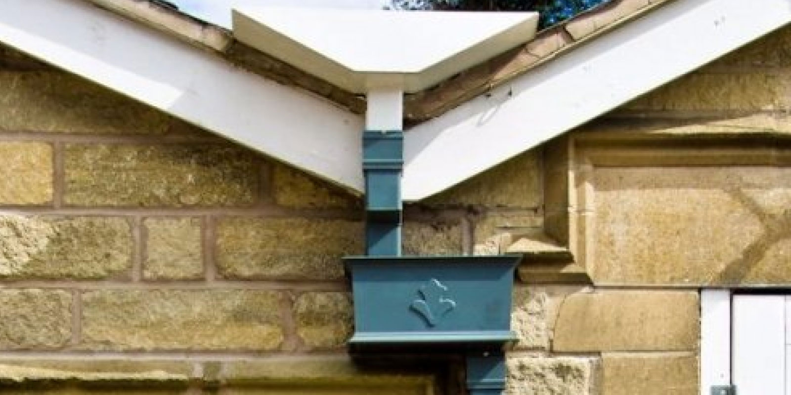 Guttering Services Installation And Gutter Repairs